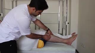 درمان پیچ خوردگی مچ پا با طب سوزنی درای نیدلینگ در فیزیوتراپی آرامش سعادت آباد