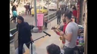 اجرای زیبای خیابانی