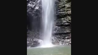 یکی از زیباترین آبشارهای ایران