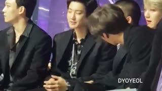 وقتی دی او توی ملون چانیول رو اذیت می کنه ^_^ تقدیمممم به دی اویی EXO