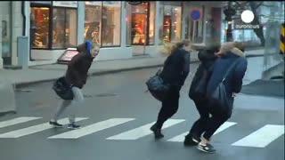 مشکل تردد به دلیل باد شدید در نروژ