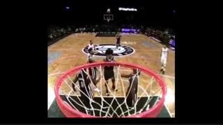 پرتاب فوق استثنایی بسکتبال !