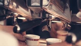دستگاه قهوه ساز تمام اتوماتیک