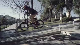 BMX در خیابان های یونان