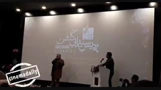 شوخی #اکبرعبدی در افتتاحیه سینما در #مشهد:امیدوارم امام جمعه خراسان نگوید مشهد سینما حرومه