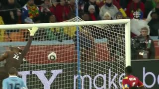 گل دیگو فورلان به غنا در جام جهانی 2010