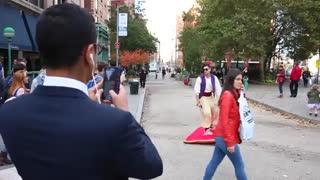علاالدین و فرش پرنده در نیویورک