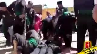 نمایش عدهای خرافه پرست در کشوری مسلمان که باعث مرگ افراد میشوند