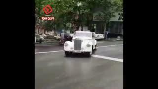 رژه ماشین های کلاسیک در خیابان های تهران
