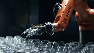 تیزر شرکت KUKA برای ربات های نسل جدیدش