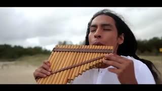 آلت موسیقی عرفانی سرخ پوستان به نام ﭘﻦ ﻓﻠﻮت - استاد Alexandro Querevalú