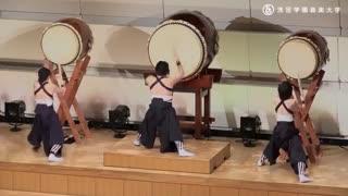 آلت موسیقی ژاپن به اسم تایکو . گروه  senzokugakuen