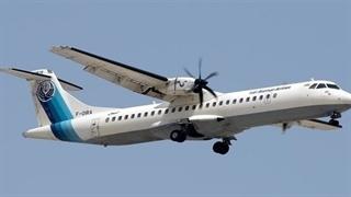 لحظه از کار افتادن موتور هواپیمای رشت- تهران | خطر از بیخ گوش مسافران «آسمان» گذشت