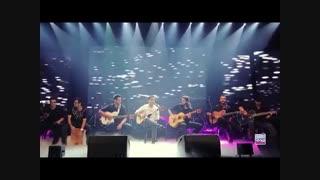 اجرای زنده محسن یگانه  آهنگ بهت قول میدم در کنسرت فوق العادس