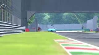 فکر می کنید بین Bugatti Chiron و Ferrari F1 2018 کدوم برنده میشه؟