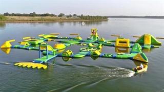 مسابقه هیجان انگیز تیراندازی در پارک آب شناور (دود پرفکت)