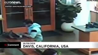 دزدیدن لبتاپ مشتری در کافیشاپ